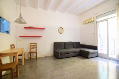 Ref 2160 – Apartament en lloguer a la zona de Ciutat Vella, Barcelona. 40m2