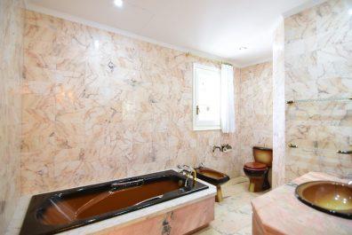 Ref 3682V – Casa en venda a la zona de Sant Boi de Llobregat, El Baix Llobregat. 1750m2
