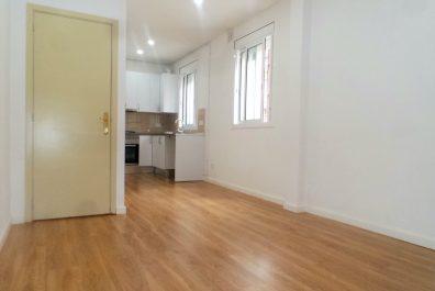 Ref 3931VM – Apartament en venda a la zona Congrès, Barcelona 72 m2